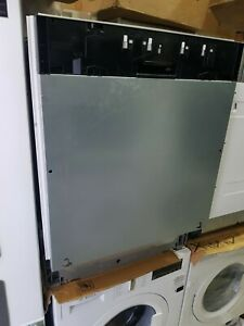 New Unboxed Bosch Serie 2 SMV40C30GB Built In Fully Integrated Dishwasher