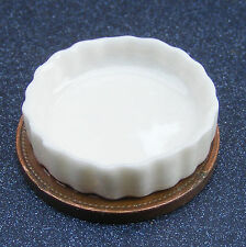 1:12 Scale White Ceramic Flan Dish Tumdee Dolls House Kitchen Pie Accessory W95