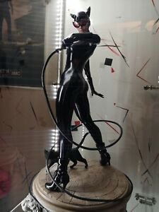 CATWOMAN - Sideshow Collectibles - Premium Format.