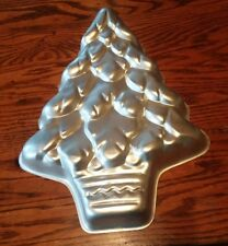 WILTON Cake Pan CHRISTMAS TREE Holiday Aluminum 502-1107 Vintage 1972