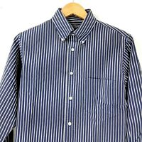 Roundtree and Yorke men's button up dress shirt medium, slim fit