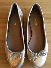COACH New York Metallic Gold Closed Toe Grosgrain Trim Ballet Flats Shoes 37
