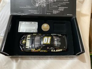 Diecast 1/24 scale #01 JERRY NADEAU US Army 2003 Pontiac Owners Series SAMPLE