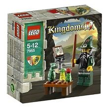 Lego Kingdoms 7955 WIZARD Dragon Wand Magician Scroll Castle Knights NISB