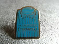 RARE PINS PIN'S - CACHAREL - CHEMISE - BLEU - VETEMENT - MODE - LUXE