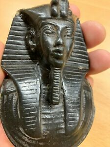 """VINTAGE 4.25""""-TALL EGYPTIAN KING BLACK RESIN PAPERWEIGHT (P3)"""