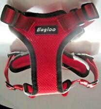 small adjustable strap harness