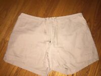 Abercrombie & Fitch Cotton Khaki Shorts Womens SZ 12