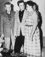 """Elvis Presley 10"""" x 8"""" Photograph no 46"""