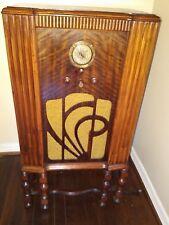Vintage Zenith 860 floor tombstone radio working original tube am cabinet light