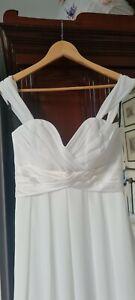 Elegant BNWT Sorella Vita Ivory Full Length Wedding Dress, Detachable Straps.