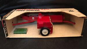 Vintage 1/16 Ertl International Harvester Hay Baler In Original  Box