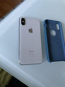 Apple iPhone X - 64 Go - Argent (Désimlocké) A1901