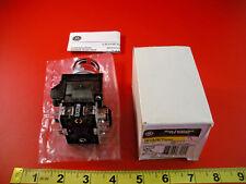 GE CR104PBL11G3S2 Ser A Pushbutton Switch Green Lens 120v CR104PXG49 Nib New