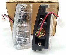 TOYOTA COROLLA KE70 FRONT CORNER INDICATOR LIGHTS LAMPS PAIR 013