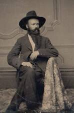 Great 6th plate tintype stately gent civil war soldier? slouch hat beard