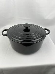 LE CREUSET Beautiful #26 Large Black Cast Iron 5.5 Quart Round Dutch Oven France