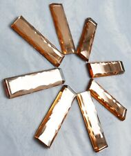 Lot de 8 porte-couteaux en verre miroir taillé coloré—Première moitié du XXe