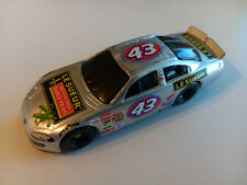 PETTY ENTERPRISES 1999 RICHARD PETTY #43 LE SUEUR PEAS DODGE NASCAR - 1/64