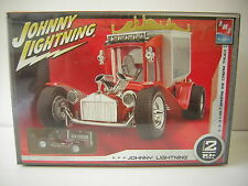 1/25 BARRIS ICE CREAM TRUCK AMT Hot rod +1/64 Johnny Lightning