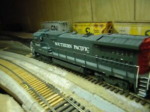 Overland Models, Southern Pacific B39-8 Locomotive, Pwd, But No Lights