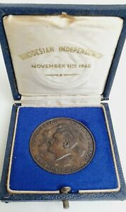 Rhodesia Independence 11 Nov 11 1965 Boxed Commerorative Medallion. 76DW