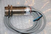 TELEMECANIQUE Kapazitiver Sensor Typ: XTA-H153115