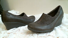MERRELL HEELS Leather size 9 PUMPS casual Comfortable SLIP ON wedge heels