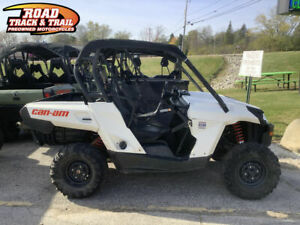 2019 Can-Am® Commander™ 800R    WHITE