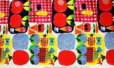 Marimekko fabric Kesätori red, 145x100cm by Aino-Maija Metsola