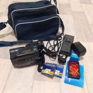 Working Panasonic Palmcorder VHS-C Movie Camera NV-S6