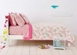 NEW Pillowfort Cotton Quilt Fetching Florals - Twin