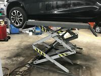 Space Scissor Lift Automotive Workshop Ramp 3000KG SFL5518 20 MONTHS OLD