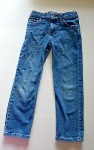 Wrangler Boys Size 8 R Medium Wash Straight Fit Blue Jeans