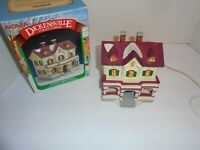 96 Dickensville Vtg Noma CHRISTMAS Village 2 story House Wreath Hills D Store (G