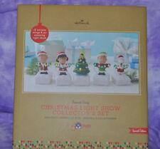 Hallmark 2015 Peanuts Gang Christmas Light Show Collector's set Special Edition