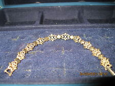 Vintage BEAUTIFUL Precious Pretenders Bracelet...1971...sold by Avon....#298