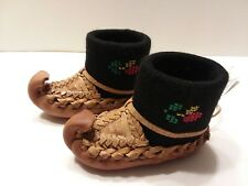 Serbain Tourist Shoes Folk Art Ornament Decor souvenir NEW