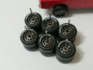 REAL RIDERS WHEELS RUBBER TIRES GOODYEAR 3 SETS 1/64 DISC B Land Rover Defender