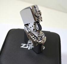 Zippo  Épée dans ça boite d'origine avec ça recharge Zippo  bikers, gothique
