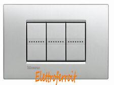 Bticino Livinglight placca Air 3 moduli colore Tech LNC4803TE