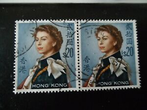 HONG KONG 1962 QEII SG210 $20 in pair VFU condition Cat £60