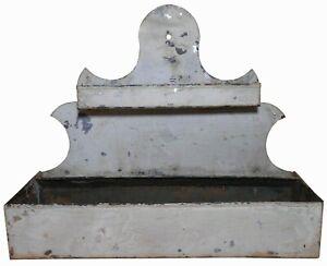 RARE 19TH C AMERICAN ANTIQUE NEW ENGLAND PRMTV GRAY PNTD TIN HANGING WALL SHELF