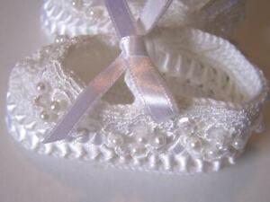 NWT Crochet Ribbon White Baby Booties Dress Crib Shoes Girls Newborn Size 0-1