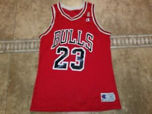 VTG JERSEY CHAMPION CHICAGO BULLS JORDAN #23 SZ 44 MEN SPORT 90S NBA