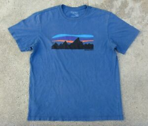 Patagonia Fitz Roy Logo Organic Cotton T-Shirt Men's M Glass Blue
