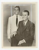 Original TV Press Photo Johnny Mathis at Home W / & Dick Clark Bandstand 1960