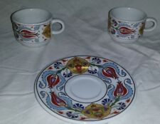 SET OF 2 GURAL PORSELEN BIRINCI SINIF SERT PORCE CUPS AND 1 SAUCERS IN FELT CASE