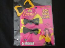 THE WIGGLES - EMMA Bow Shoe Clips BRAND NEW IN PACKET!! Licensed!!