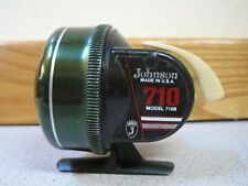 Vintage Green JOHNSON Model 710B FISHING Casting REEL